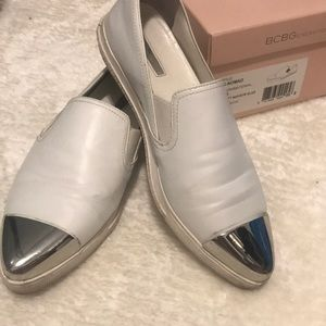 White leather BCBG loafers